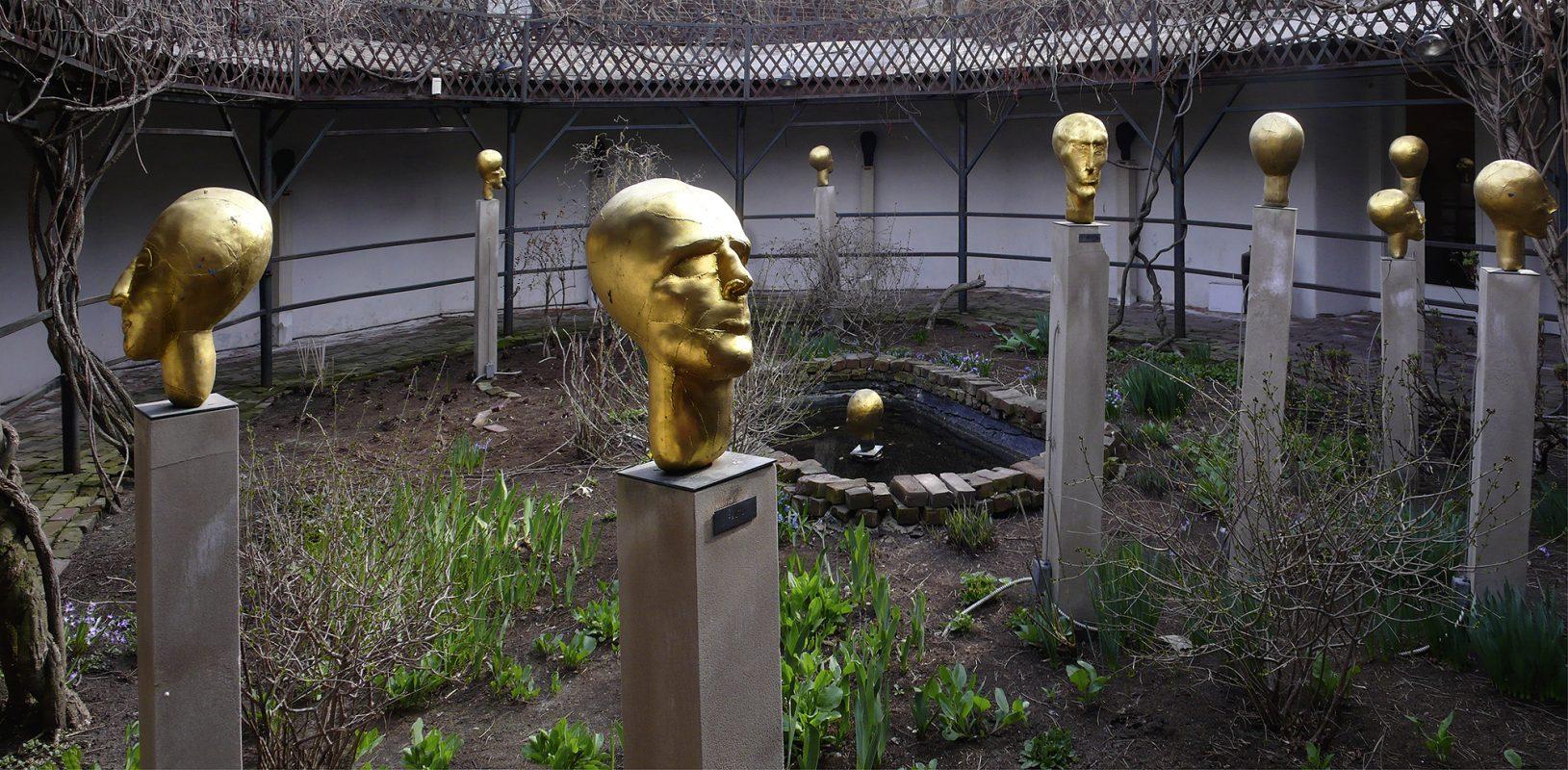 Omaha Nebraska, Garden of the Zodiac, Eva Aeppli