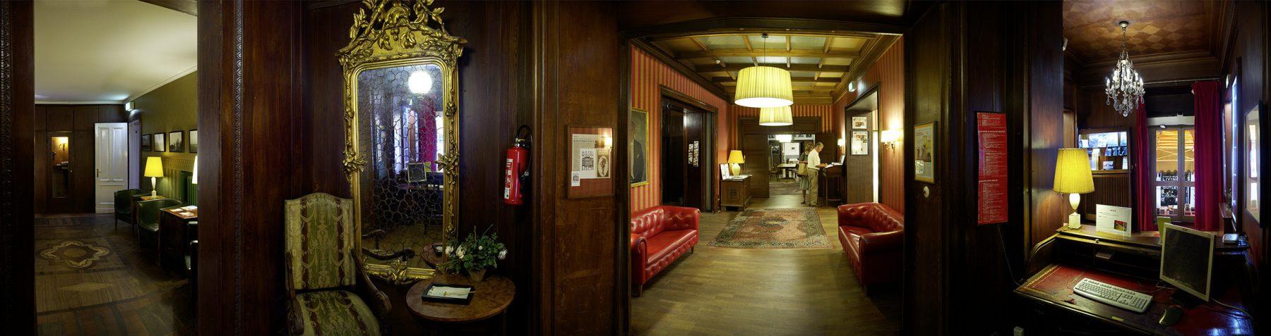 Hotel Bogota Rotes Kabinett