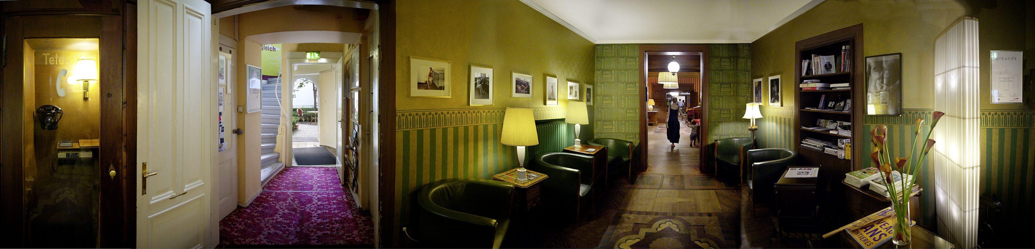 Hotel Bogota Bibliothek