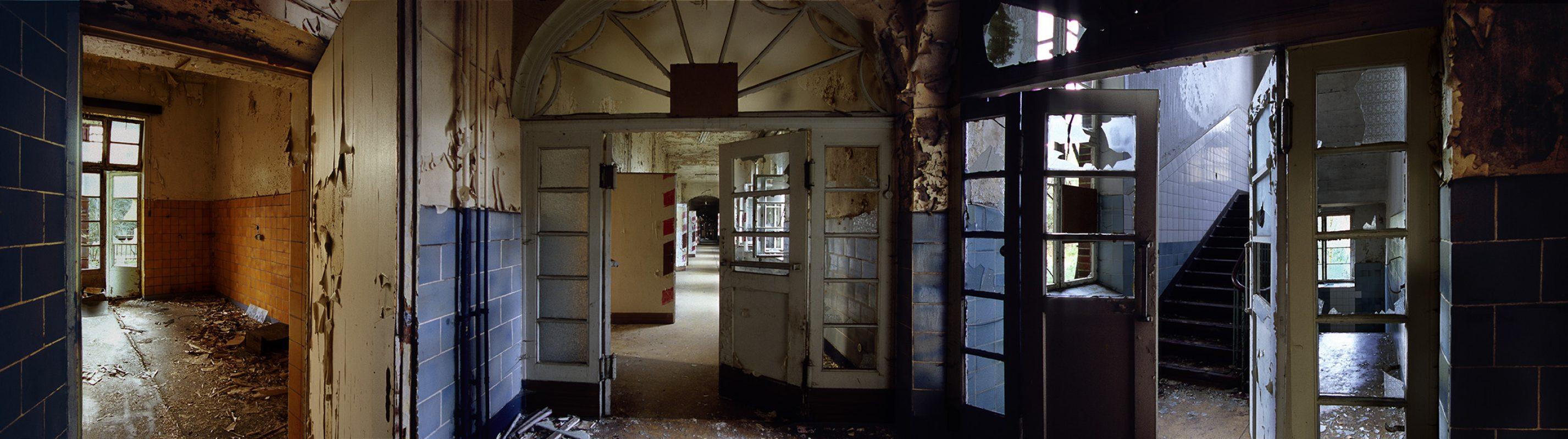 Beelitz-Heilstätten, gelbnachblau