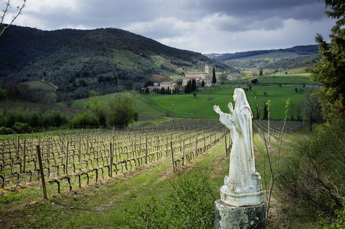 Italien, Toskana, Landschaft, Steinmadonna