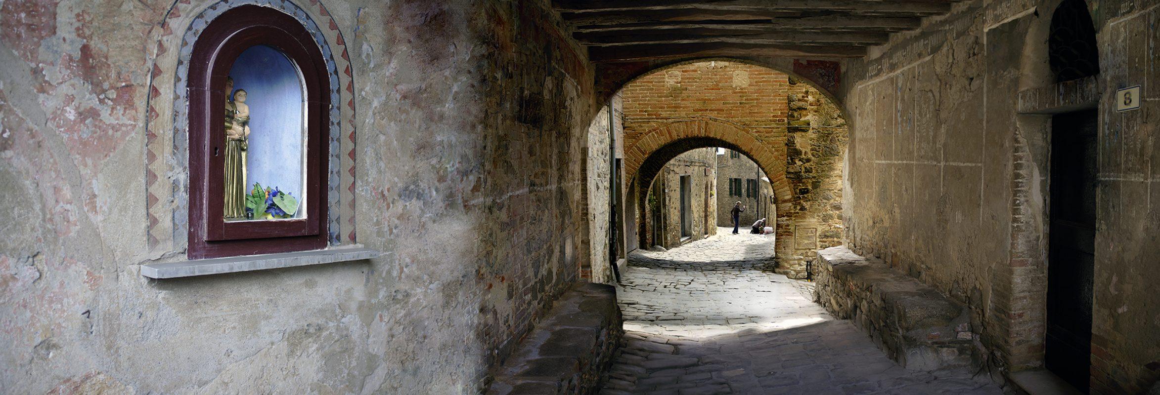 Italien, Toskana, Dorf, Torbogen, Panorama