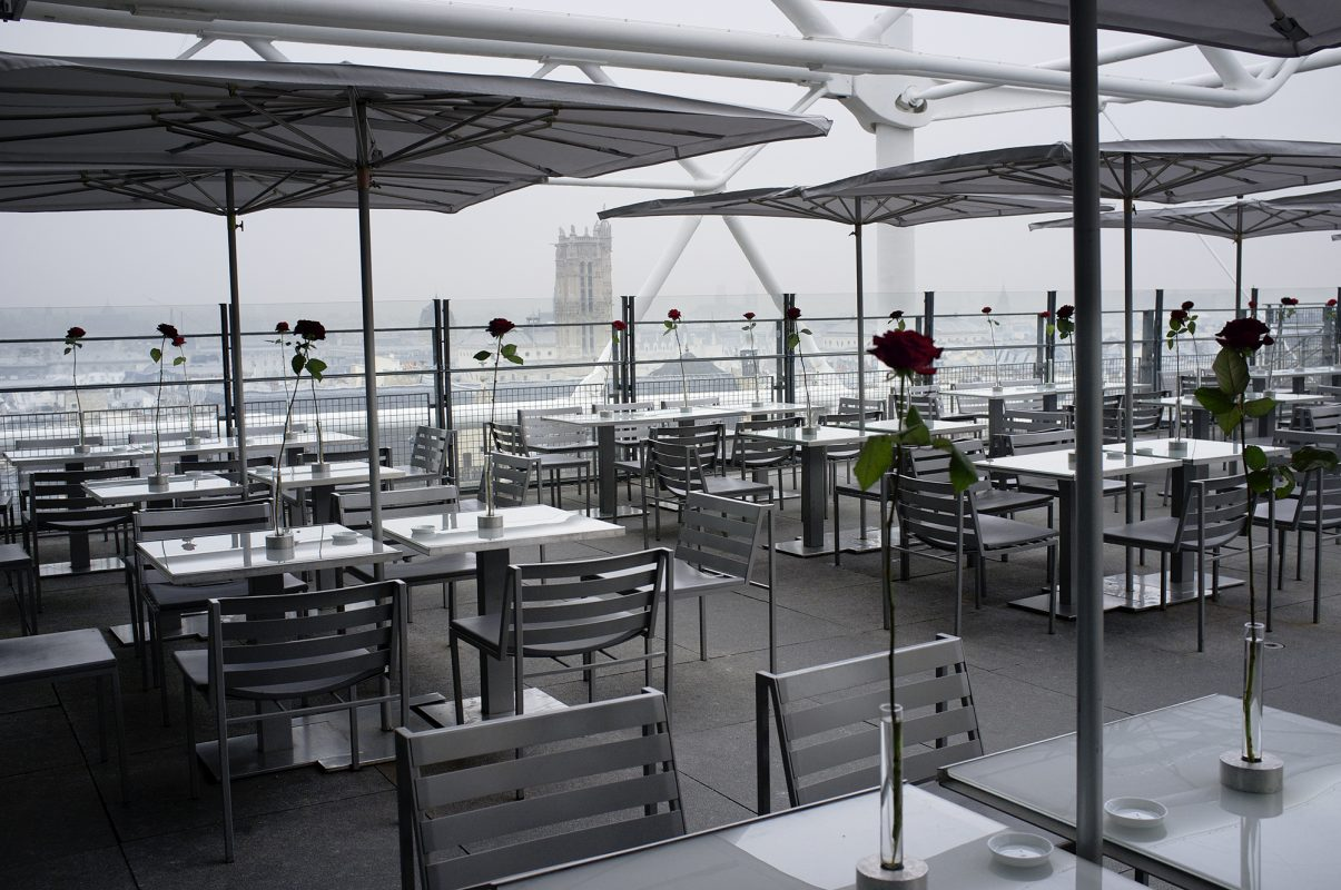 Centre George Pompidou, Rosen, Dekoration