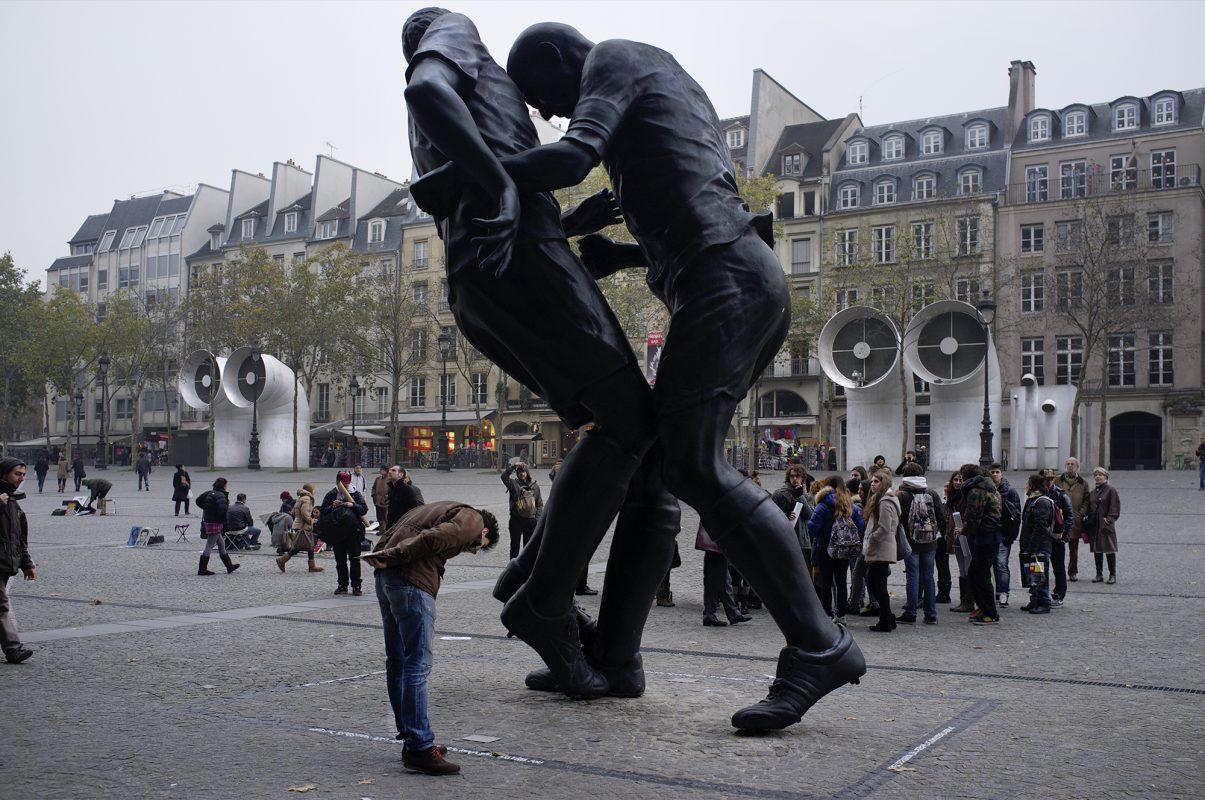 Centre George Pompidou, Skulptur Ringer