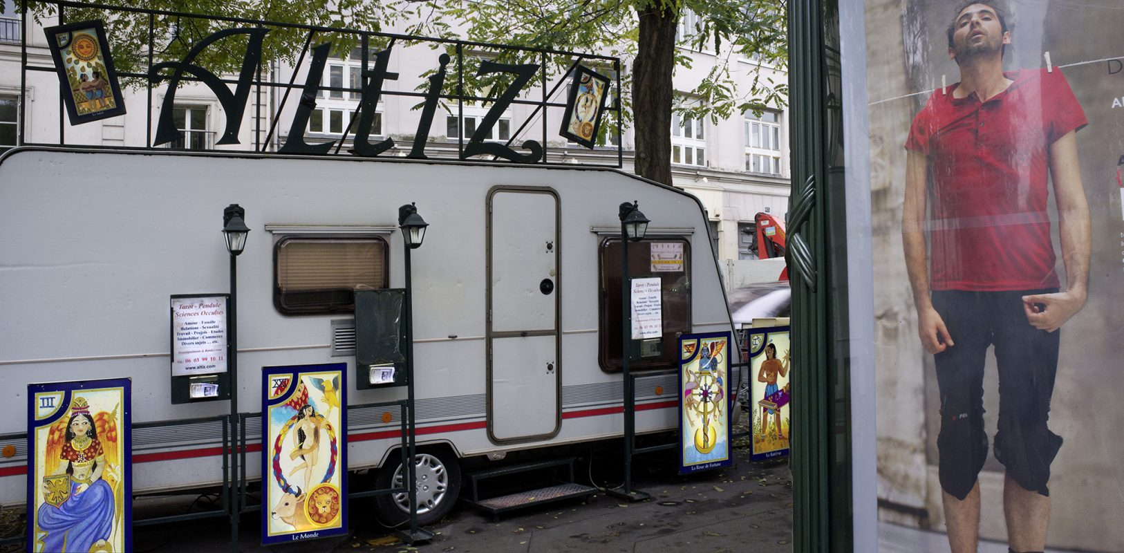 Paris, Wahrsagerangebot