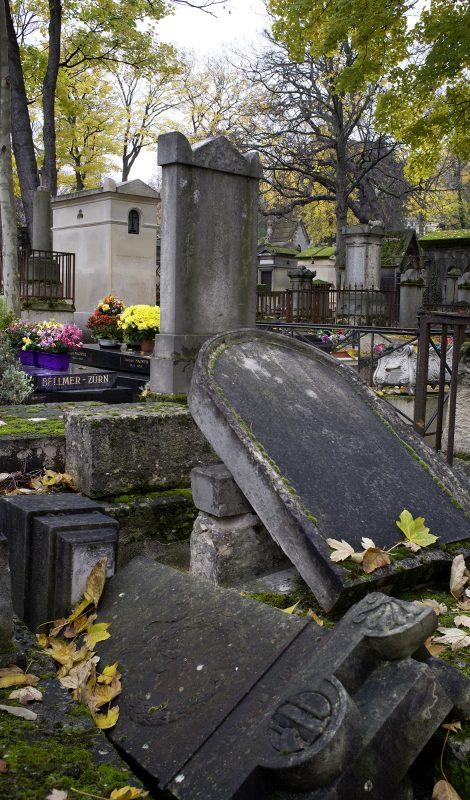 Cimetière du Père Lachaise, Grab Hans Bellmer und Anika Zürn