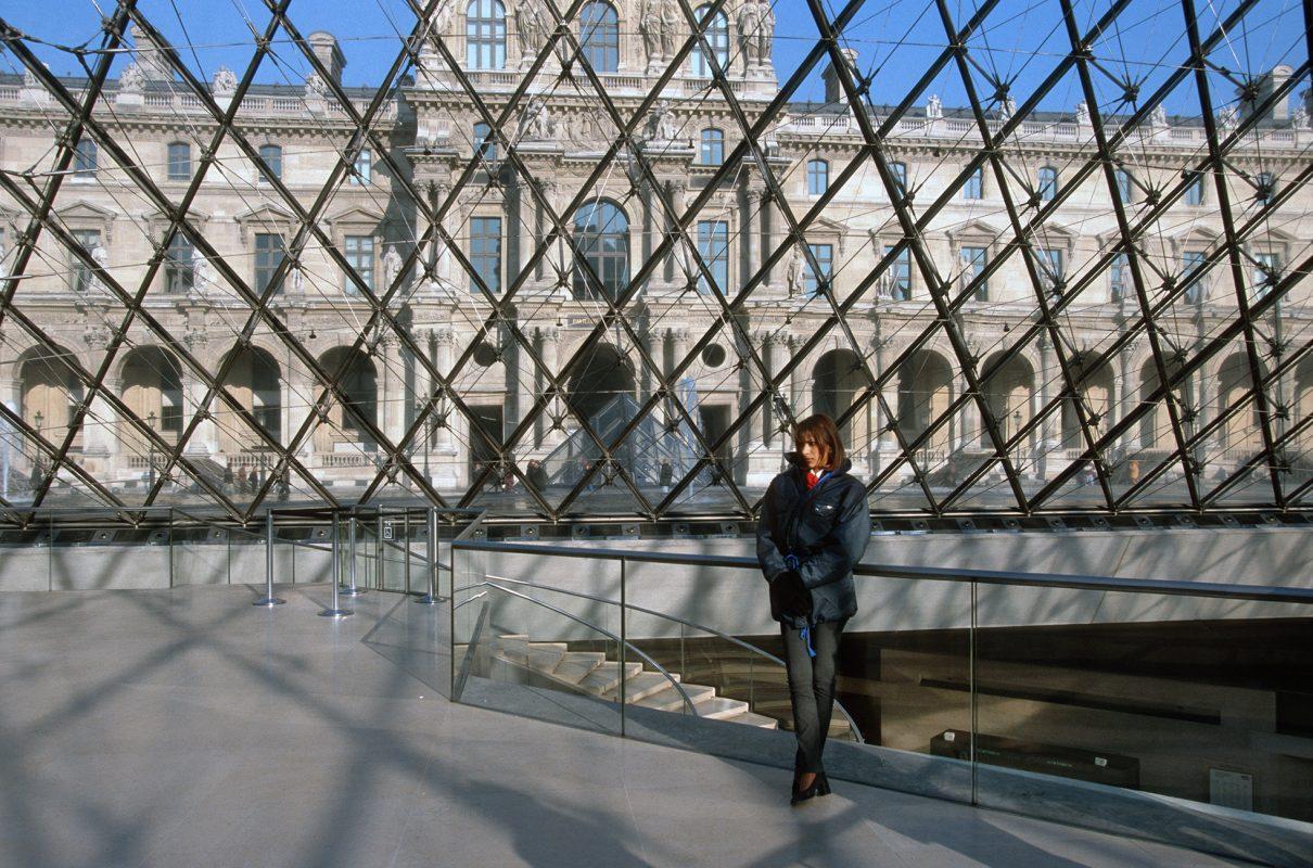 Paris, Musée de Louvre, innen, Frau