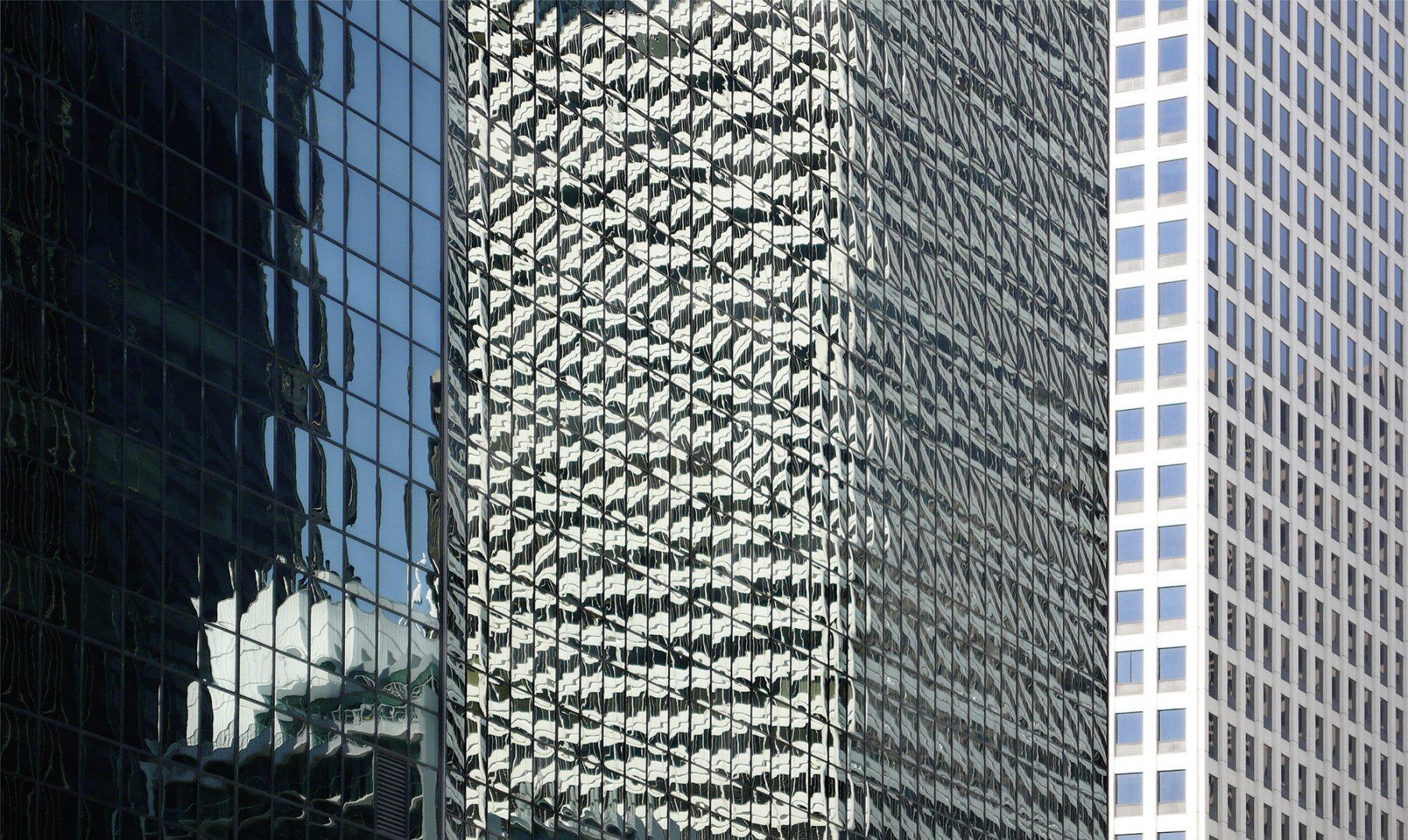 Chicago, spiegelnde Hochhäuser