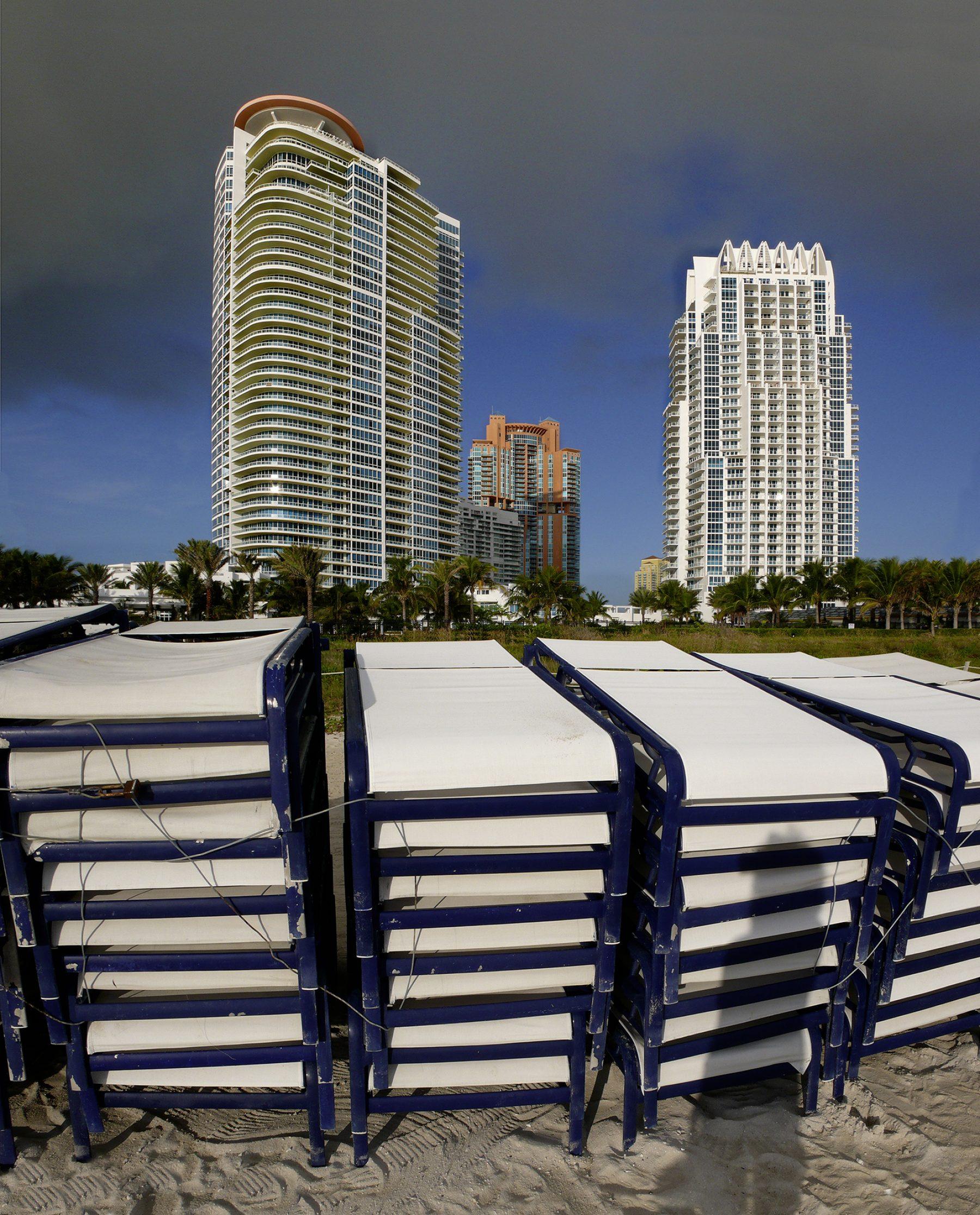 Miami, Hochhäuser, Strandstühle