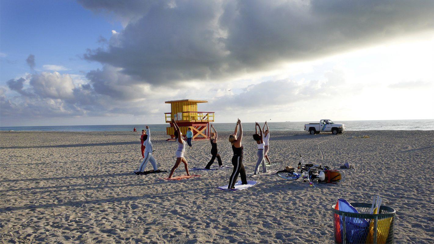 Yogastrandgruppe