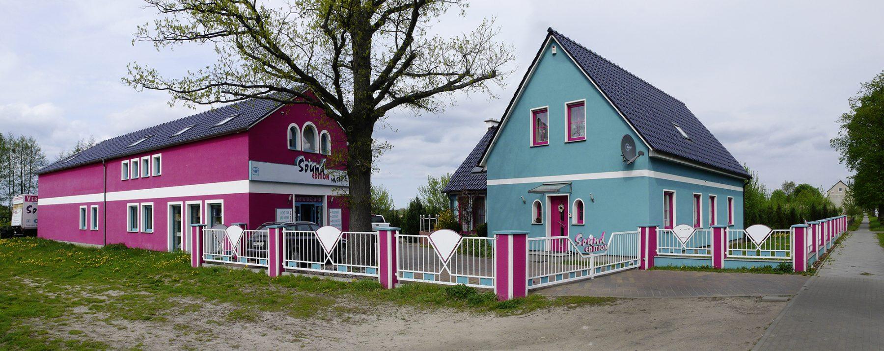 Brandenburg, bunte Häuser